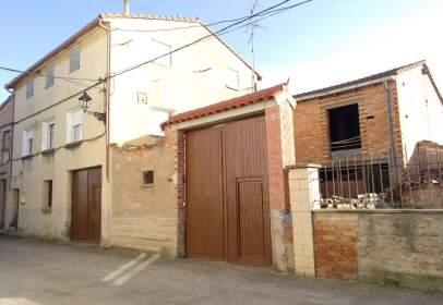 Casa en Baños de Rioja