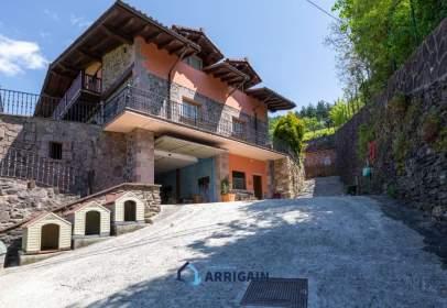 House in calle Elduain Hirigunea Gunea