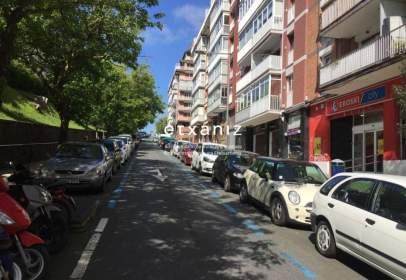 Magatzem a calle de la Virgen del Carmen, prop de Calle de Ametzagaña