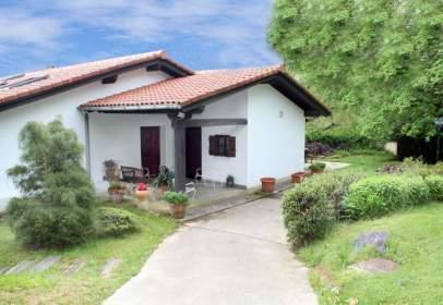 House in Gurutze