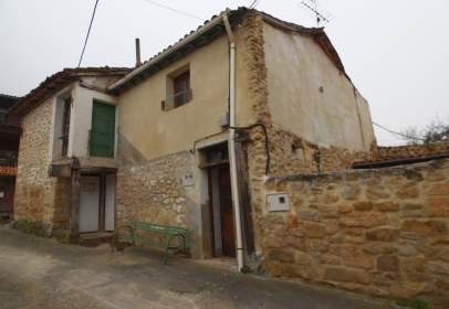 Casa adosada en Montejo de Cebas