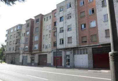 Pis a calle General Urrutia, nº 11