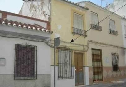 Casa adossada a calle Monturque, nº 69