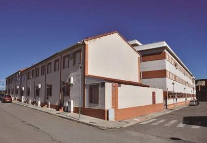 Flat in calle Clavel, nº 2