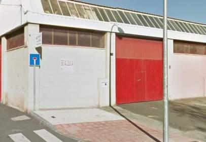 Nau industrial a calle de Fuenteguinaldo, nº 15