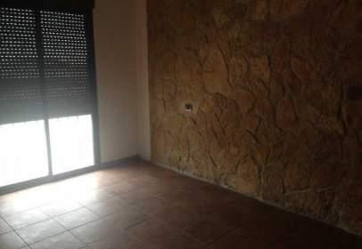 Pis a calle Virgen de La Paloma, nº 6