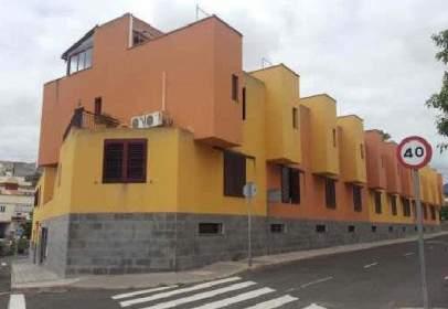 Garatge a calle Cruz de Ovejero