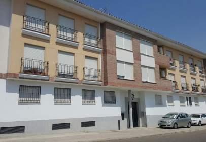 Pis a calle Ramon y Cajal, nº 43