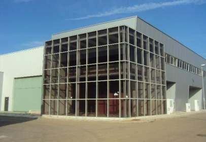 Nave industrial en calle Teodosio, nº 19