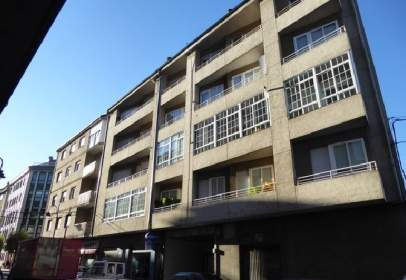 Flat in calle Eulogio Fernandez, nº 77