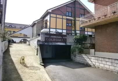 Garage in calle La Colegiata - Barrio Socobio, nº 6