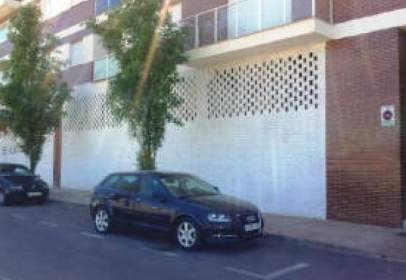 Commercial space in calle Aguilas, nº 75