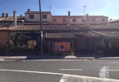 Local comercial en Torrecaballeros