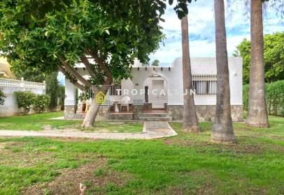 Chalet in Urbanización Roquetas de Mar-Las Marinas