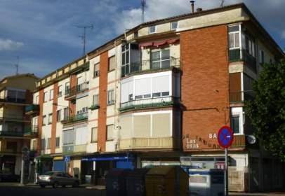Flat in calle del Grupo las Losas