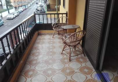 Apartament a Avenida Marítima, prop de Calle de la Piscina