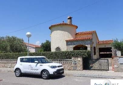 Casa en calle Rosella