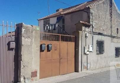 Xalet a calle de la Violeta, prop de Calle del Altillo