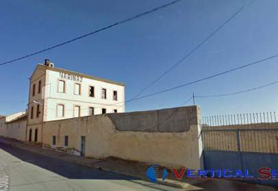 Industrial Warehouse in calle Pintor Perez Gil