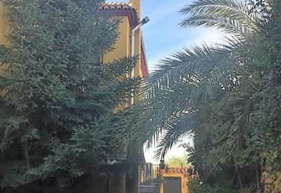 Casa pareada en Jun