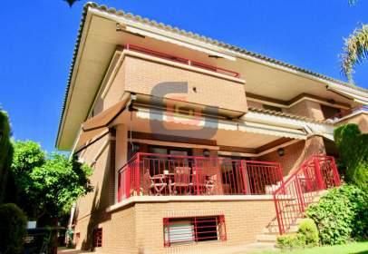 Casa a calle calle Aries