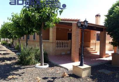 Rural Property in calle Mayor, near Calle de Tercia