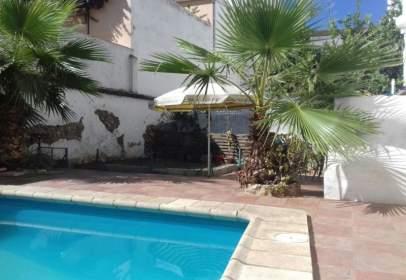 Casa en calle calle Oviedo, nº 06800