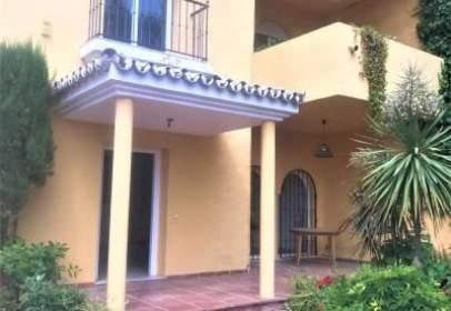Casa adosada en Los Naranjos-Las Brisas