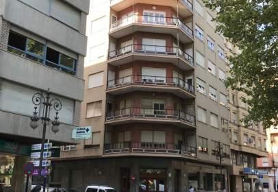 Pis a calle Valencia