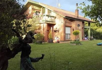 Casa en calle Paraje de Larrabea