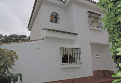 Casa adosada en El Soto de Vistahermosa