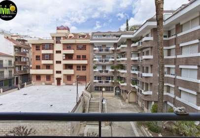 Apartamento en calle Rey Alhamar, nº 10
