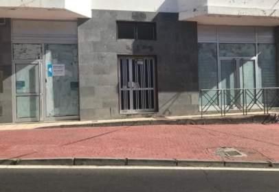 Nau industrial a Cabo Blanco