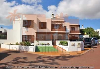 Duplex in Costa Teguise