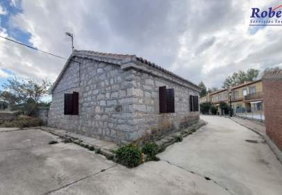 Casa a calle Barrio de La Cruz, nº 9
