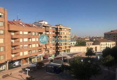 Piso en calle de José Zorrilla, cerca de Calle de las Conchas