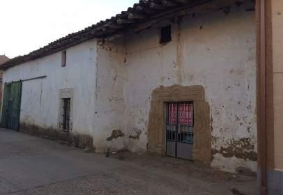 Casa en calle Montesinos Fuentelcarnero, nº 8