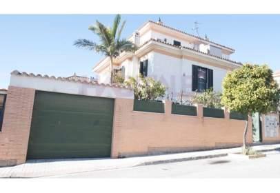 Casa pareada en calle Párroco José Santiago Montiel, nº 12