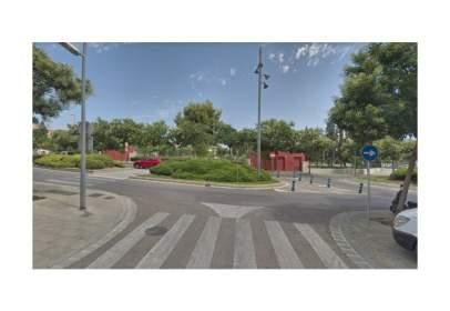Terreny a Centre-Zona Estació-Passeig de Joan Maragall