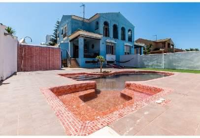 Chalet en Urbanización La Tahona, Avda. Sierra de Martín, nº 17
