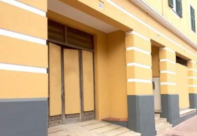 Local comercial en Avinguda de Josep Maria Quadrado, cerca de Carrer de Ciutadella