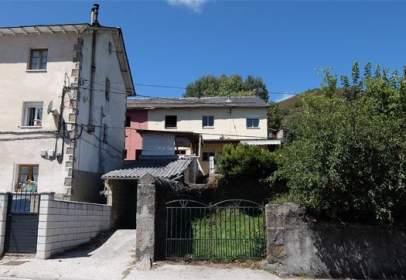 Casa en Carretera de Caboalles A Degaña (CL.626), nº 58