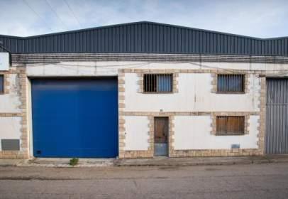 Nave industrial en calle Madrid, nº 18