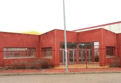 Nave industrial en calle San Sebastian