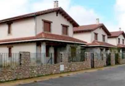 Terreno en calle P.P.El Cueto, Costera del Lago Parc M17-39