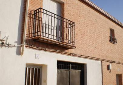 Piso en calle Valdehorquillas -