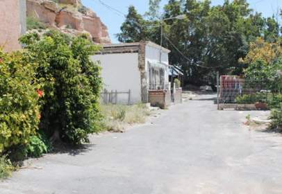 Land in Avenida Pescaderia, C/ Potera, nº 52