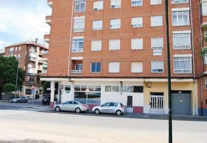 Flat in Avenida Camino de Santiago, nº 2