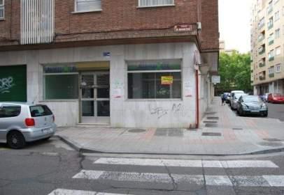 Commercial space in calle de las Cantigas