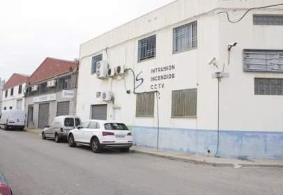 Nau industrial a calle Maestro Serrano, nº 39